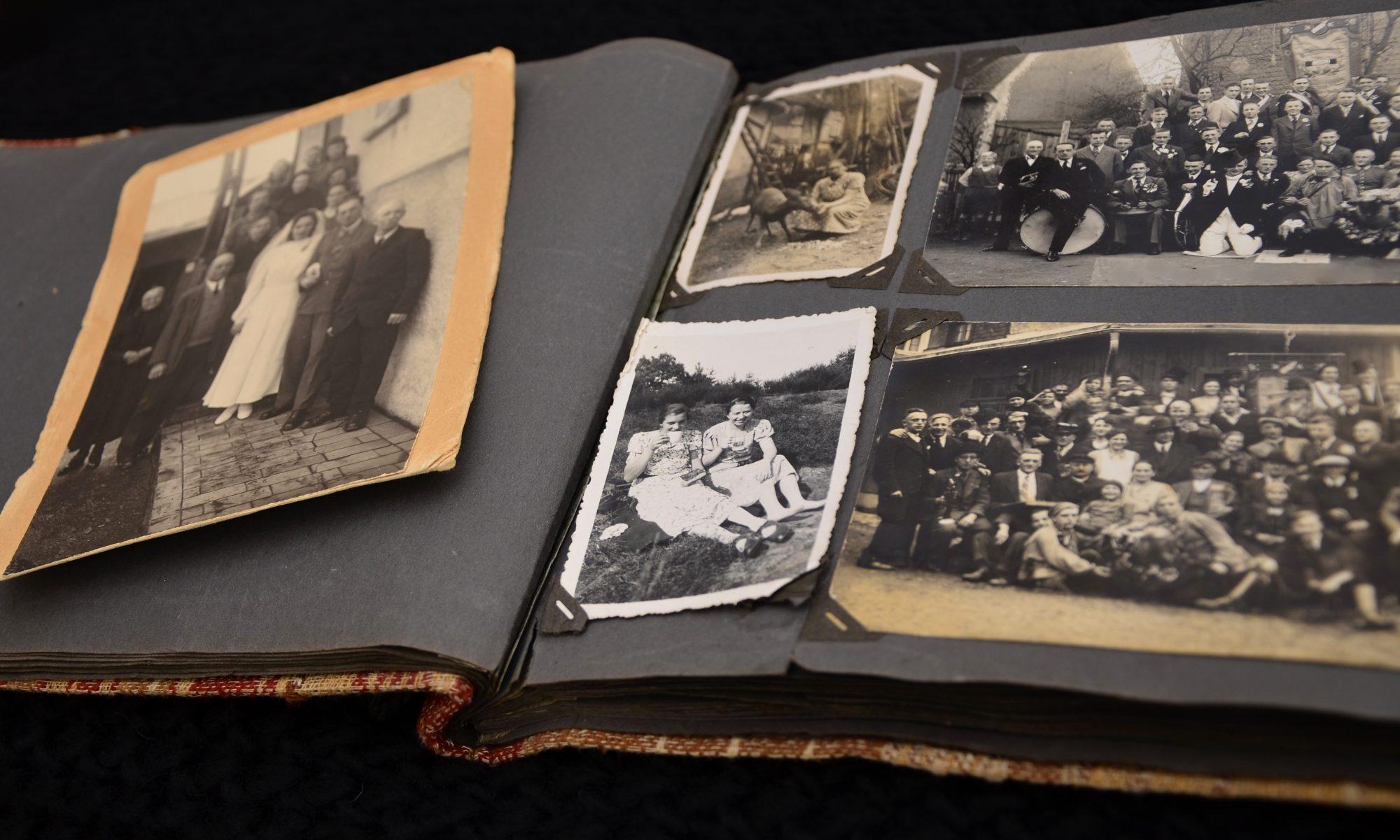 Altes-Fotoalbum